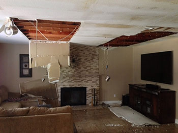 All American Cleaning & Restoration responds to busted water pipe in an Idaho home.